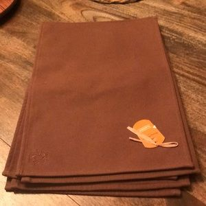 Set of 6 Tommy Bahama brown placemats